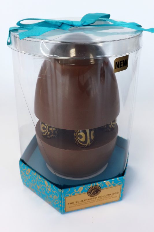 cylindrical transparent plastic gift presentation packaging box for chocolate easter egg