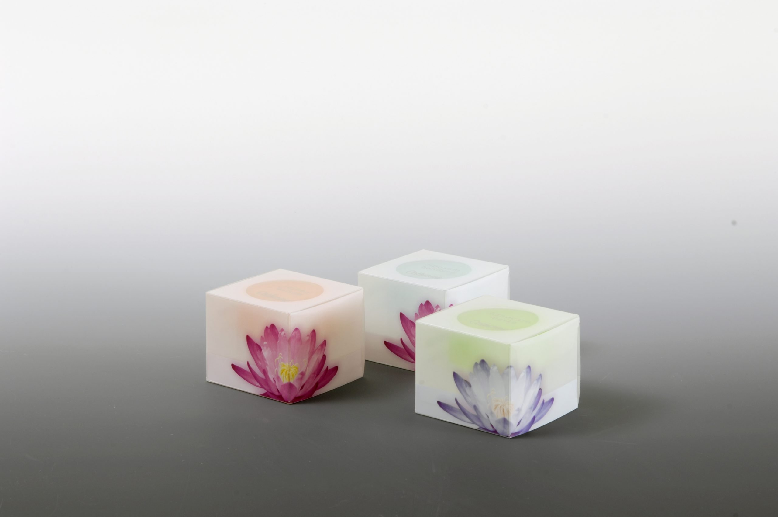 3 sets of cube tealight holders with flower print
